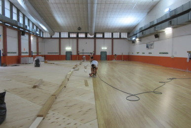 With the new bamboo floor the hall of Modena will be used also for sports events