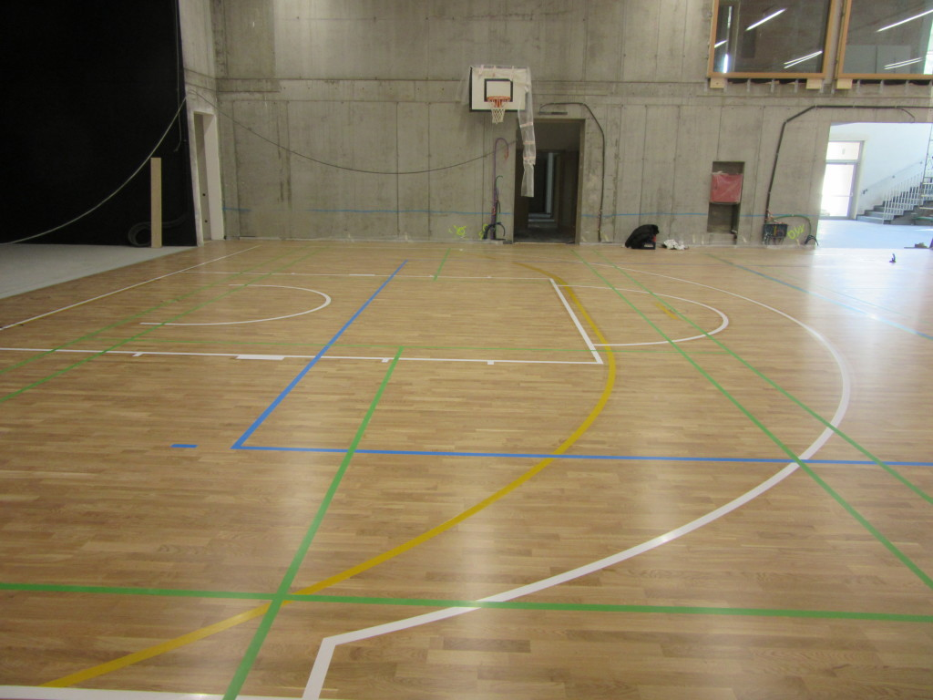 The new Sant'Andrea sports parquet in Brixen is equipped with a radiant heating system