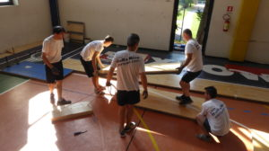 Staff of Dalla Riva Sportfloors during maintenance phases in the gymnasium of Gallarate