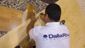 Other times during the laying phases: the DR brand is always careful to details