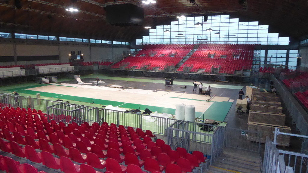 The new removable parquet Dalla Riva Sportfloors was customized with emerald green (or green mint) by the will of the organizers of the Rimini show, Italian Legabasket